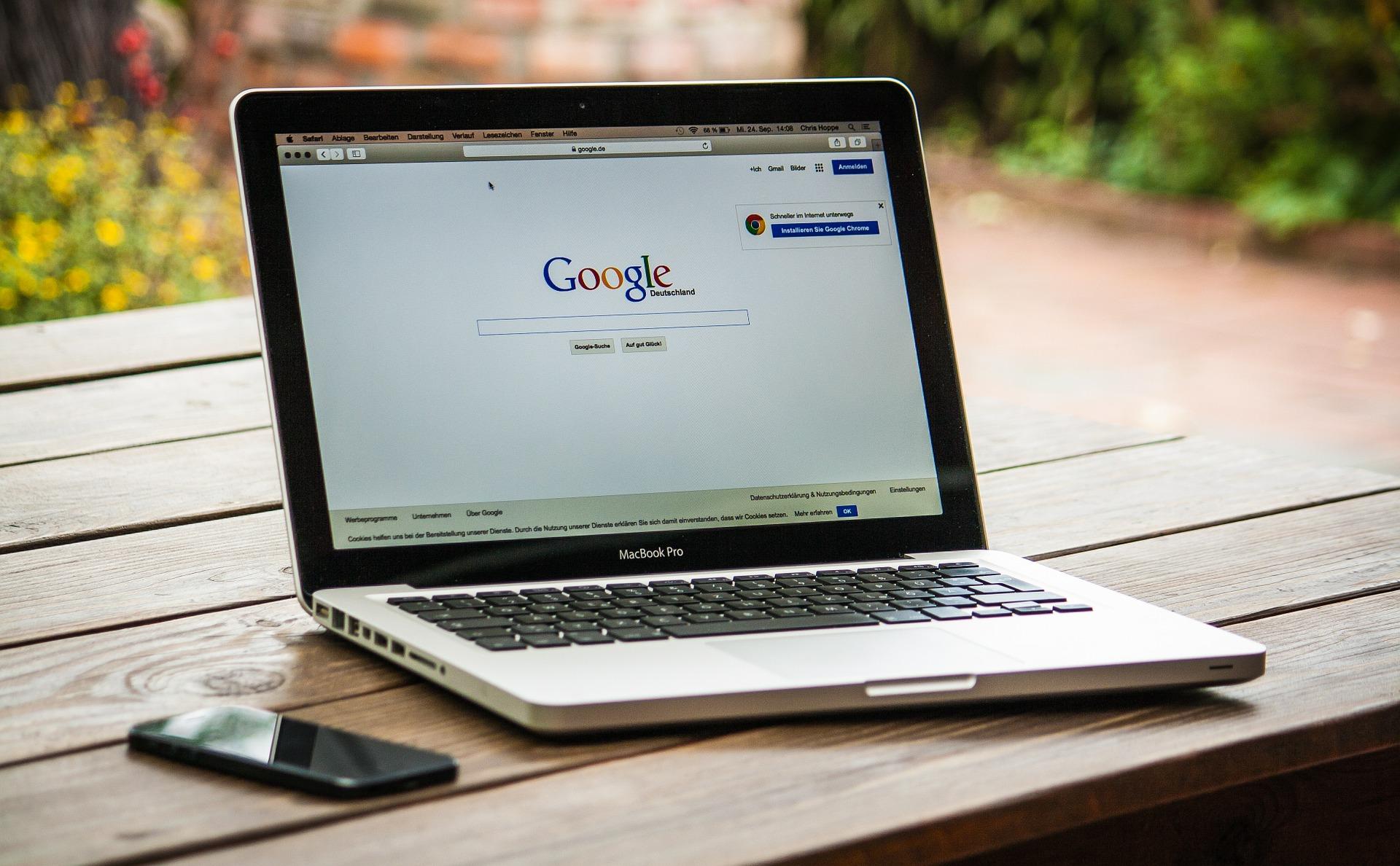 Mantida condenação ao Google por não retirar postagens ofensivas de blog