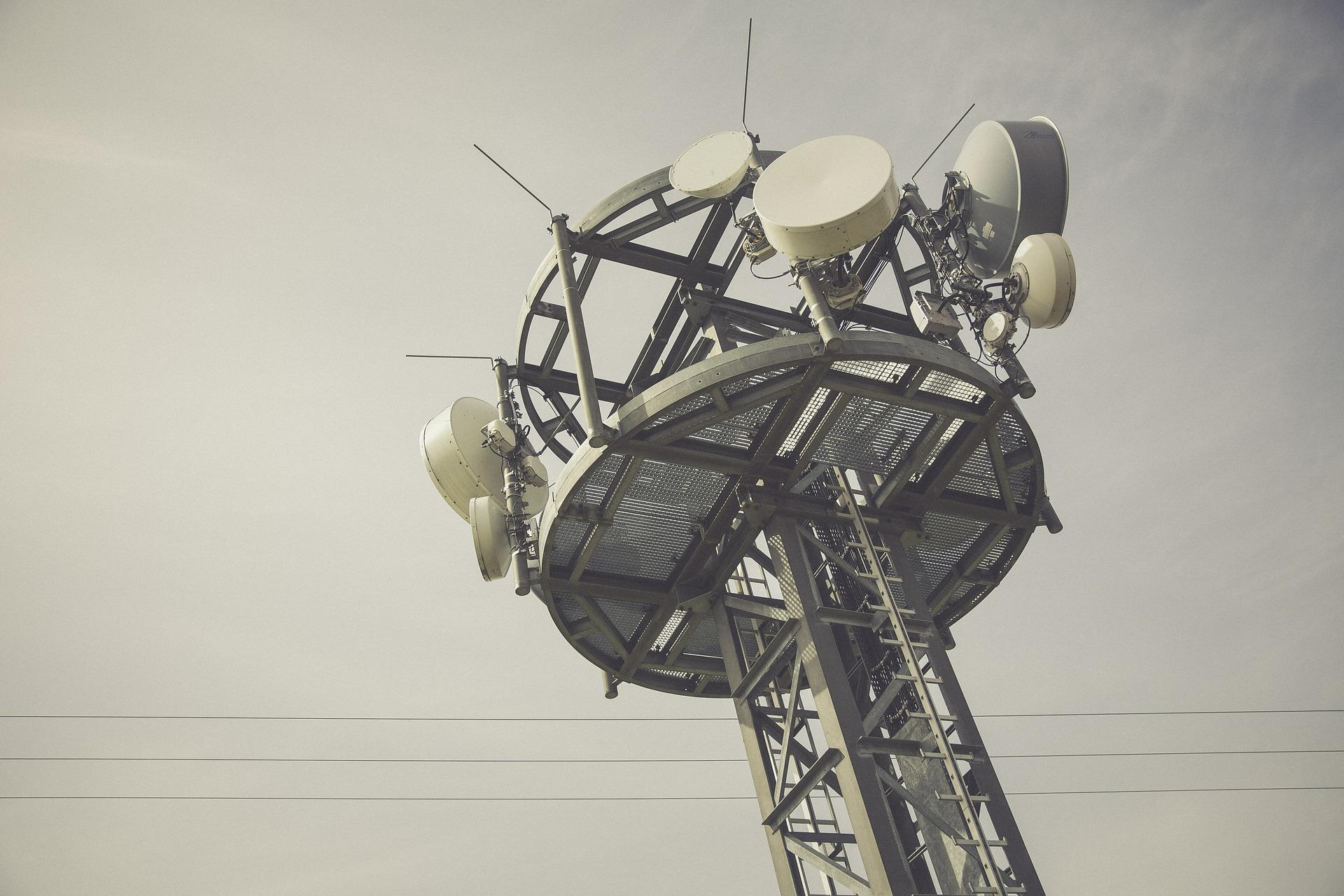 Comércio ilegal de internet via rádio caracteriza desenvolvimento clandestino de atividade de telecomunicação